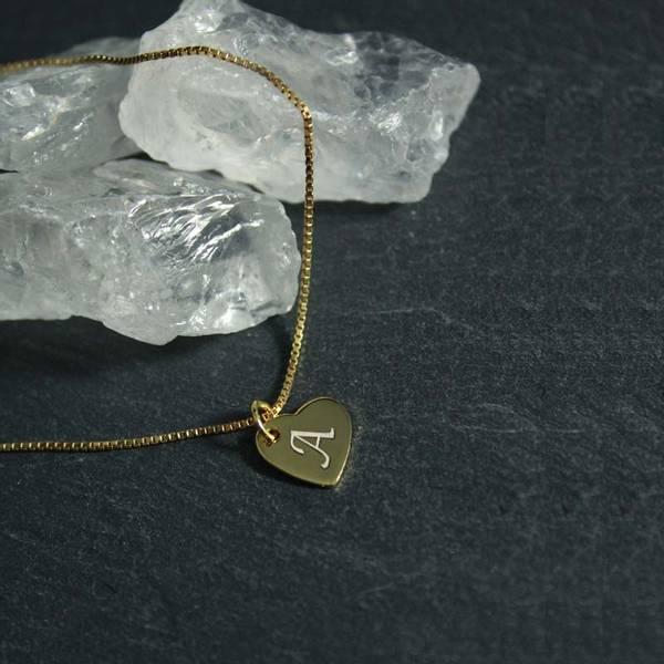 Bilde av Hjertesmykke  med valgfri bokstav - Sølvanheng