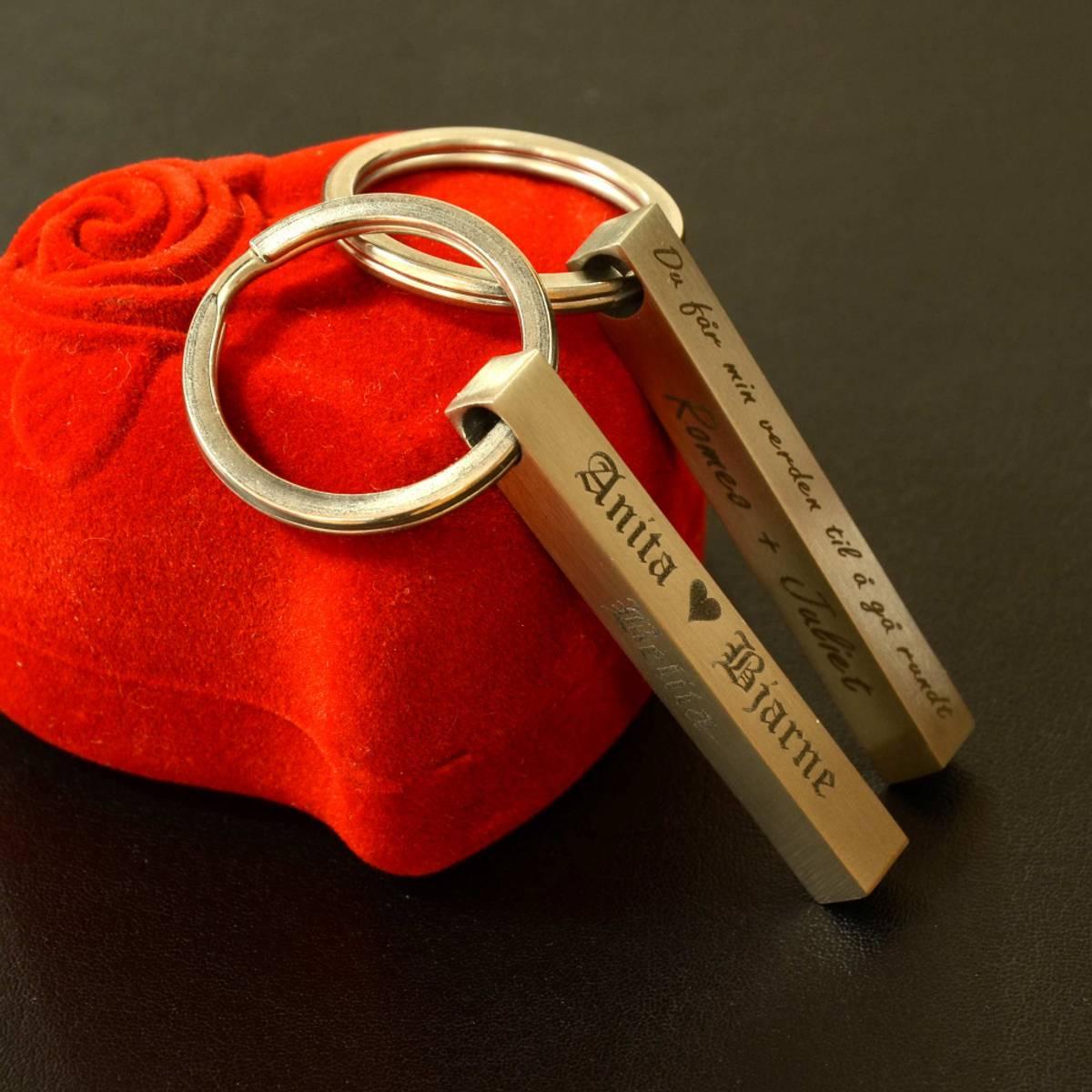 Nøkkelring - Gravert stav